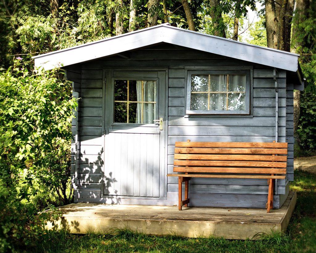 Créer une cabane insolite dans son jardin