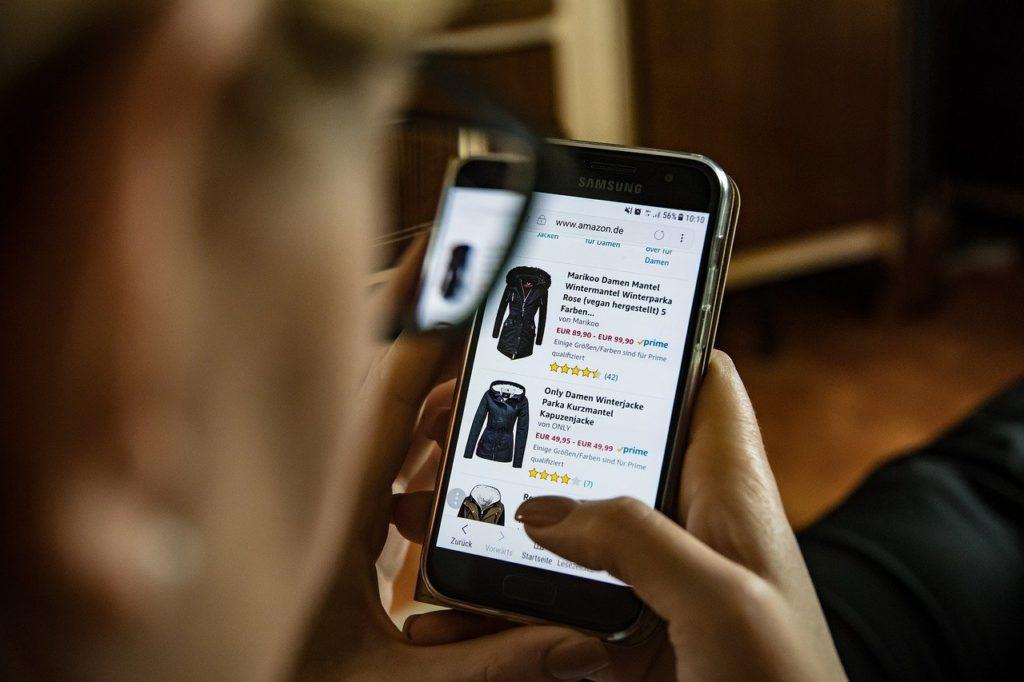 Acheter ses vêtements en ligne