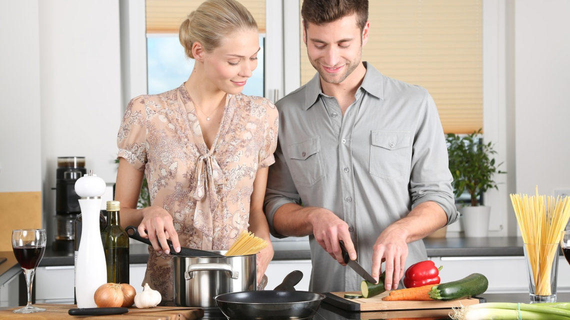 Quels équipements sont indispensables dans la cuisine ?