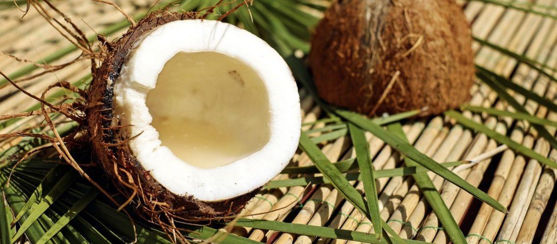 De la noix de coco pour l'huile